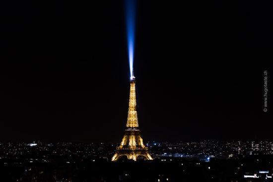 Blick von Arc de Triomphe de l'Étoile: Eiffelturm